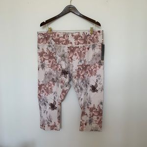 NWT Floral Calia Leggings